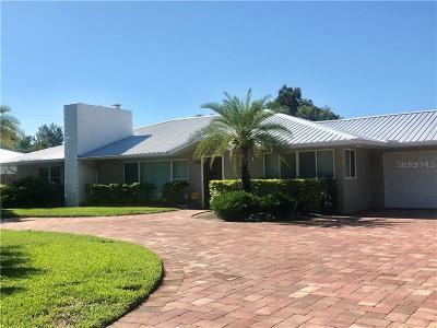 Sarasota Single Family Home For Sale: 330 Bernard Avenue