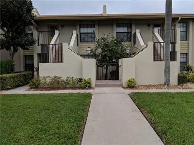 Sarasota Condo For Sale: 4470 Weybridge #68