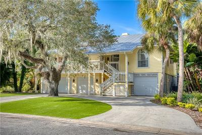 Sarasota Single Family Home For Sale: 5329 Siesta Court