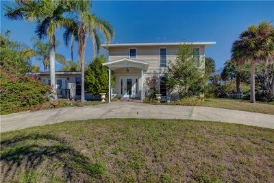 Sarasota Single Family Home For Sale: 2311 Tanglewood Dr