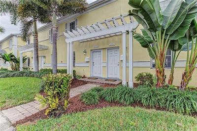 St Petersburg Townhouse For Sale: 5246 Beach Drive SE