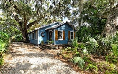 Sarasota FL Single Family Home For Sale: $450,000