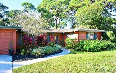 Sarasota FL Single Family Home For Sale: $239,900
