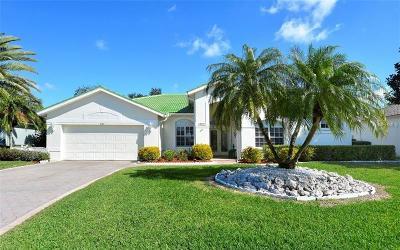 Sarasota Single Family Home For Sale: 8767 Grey Oaks Avenue