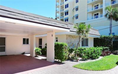 Sarasota Villa For Sale: 1900 Benjamin Franklin Drive #VILLA5