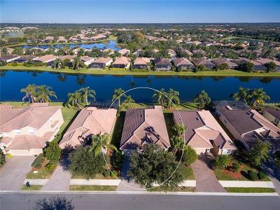 Bradenton Single Family Home For Sale: 140 River Enclave Court