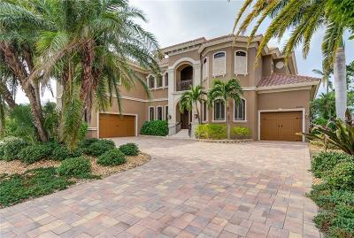 Fort Myers Single Family Home For Sale: 6801 Danah Court