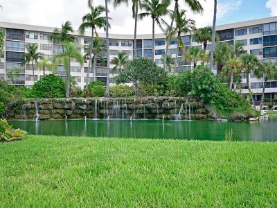 34242 Condo For Sale: 5855 Midnight Pass Road #227