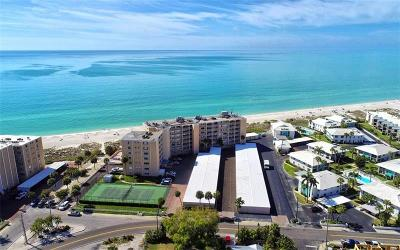 Bradenton Beach, Holmes Beach Condo For Sale: 5300 Gulf Drive #605