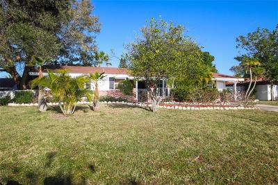 Sarasota Single Family Home For Sale: 2616 Darwin Avenue