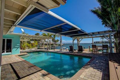 Bradenton Beach, Holmes Beach Single Family Home For Sale: 605 Key Royale Drive