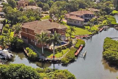 Sarasota Single Family Home For Sale: 1655 Bay Harbor Lane