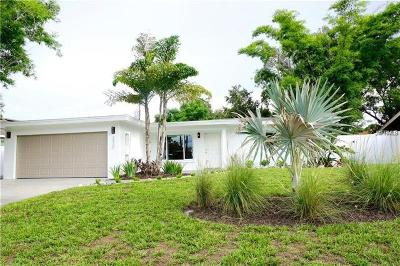 Sarasota Single Family Home For Sale: 2430 E Parson Lane E
