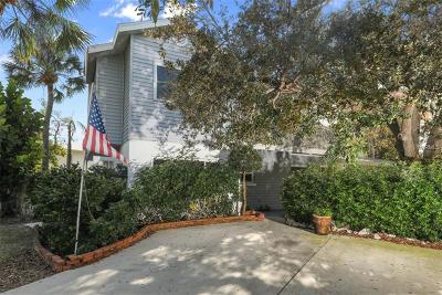Single Family Home For Sale: 430 Island Circle