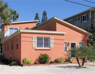 Bradenton Beach FL Single Family Home For Sale: $739,900