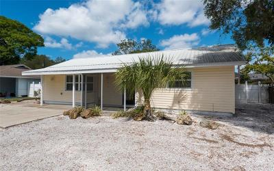 Sarasota Single Family Home For Sale: 2637 Sydelle Street