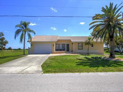 Punta Gorda Single Family Home For Sale: 3886 Bordeaux Drive