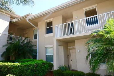 Bradenton Condo For Sale: 915 Fairwaycove Lane #206