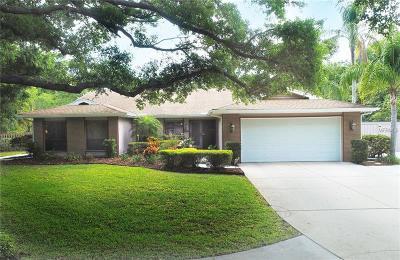 Sarasota Single Family Home For Sale: 6215 Ravenwood Drive