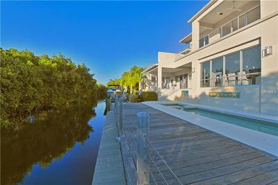 Longboat Key Single Family Home For Sale: 705 Jungle Queen Way
