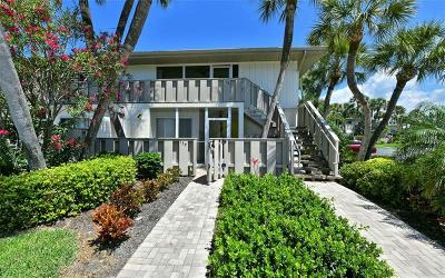 Longboat Key Condo For Sale: 6700 Gulf Of Mexico Drive #139