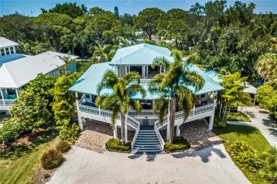 Nokomis, Osprey Single Family Home For Sale: 200 Sunrise Drive