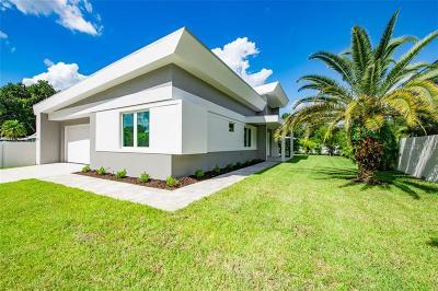 Sarasota Single Family Home For Sale: 2373 Prospect Street