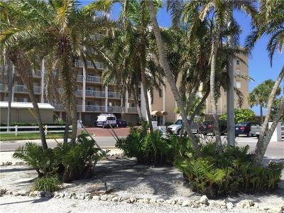 Holmes Beach Condo For Sale: 5200 5200 Gulf Dr Unit 201 #201