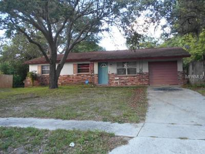 Tampa Single Family Home For Sale: 7012 Lynwood Drive
