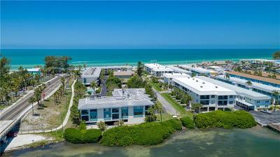 Bradenton Beach Condo For Sale: 501 Gulf Drive N #305
