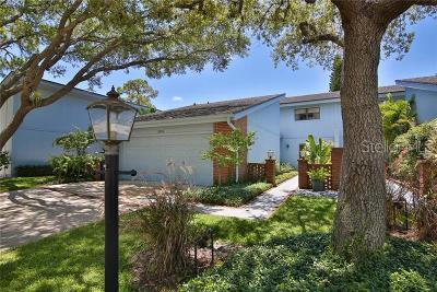 Sarasota Condo For Sale: 2634 Moss Oak Drive #49