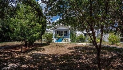Charlotte County, Sarasota County, DeSoto County, Lee County Mobile/Manufactured For Sale: 2902 Armadillo Trail SW