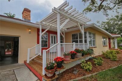 Bradenton Single Family Home For Sale: 7806 Senrab Drive