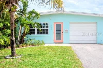 Holmes Beach Single Family Home For Sale: 443 62nd Street