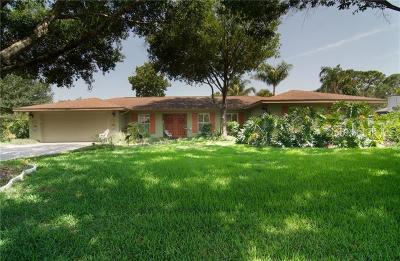 Sarasota Single Family Home For Sale: 3911 De Foe Square