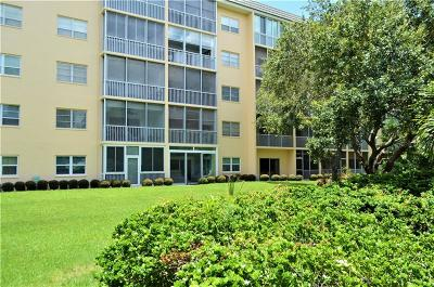Sarasota FL Condo For Sale: $305,000