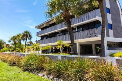 Holmes Beach Condo For Sale: 6804 Gulf Drive #6804