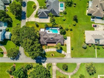 Winter Haven Single Family Home For Sale: 2414 Berkshire Drive