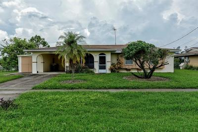 Port Charlotte Single Family Home For Sale: 2485 Conway Boulevard