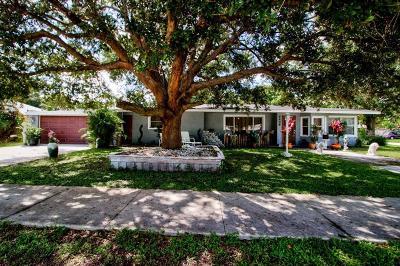 Sarasota Single Family Home For Sale: 4426 Brooksdale Drive