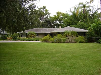Sarasota Single Family Home For Sale: 1630 N Lakeshore Drive