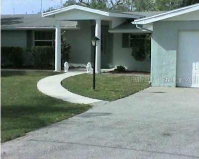 Sarasota Multi Family Home For Sale: 6935 Hawkins