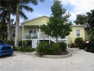 Sarasota Condo For Sale: 1084 Sun N Sea Drive #103 E