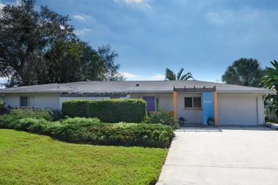 Sarasota Single Family Home For Sale: 2940 Bougainvillea Street