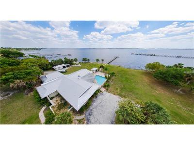 Port Charlotte Single Family Home For Sale: 24105 Harborview Road