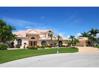 Punta Gorda Single Family Home For Sale: 260 Freeport Court
