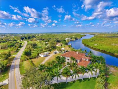 Punta Gorda Single Family Home For Sale: 7440 Riverside Drive