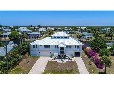 Punta Gorda Single Family Home For Sale: 24318 Treasure Island Boulevard