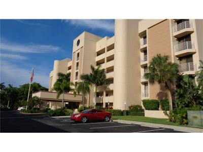Lee County Condo For Sale: 3020 Matecumbe Key Road #104