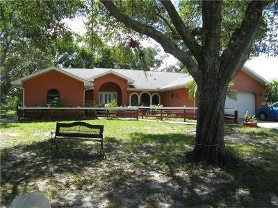 Punta Gorda Single Family Home For Sale: 24710 Nova Lane